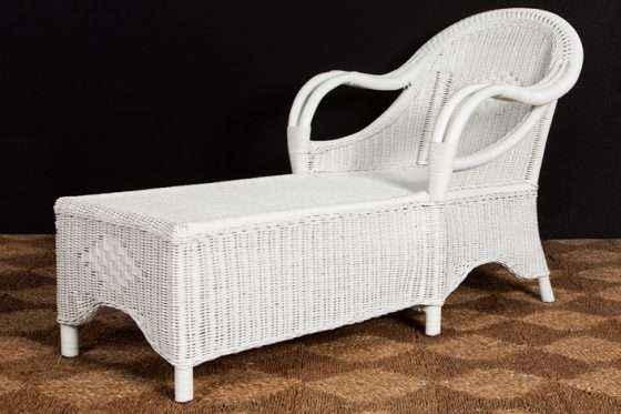92-Chaise-White