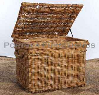 Rattan Chest with lid