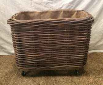 Rectangle Basket on wheels